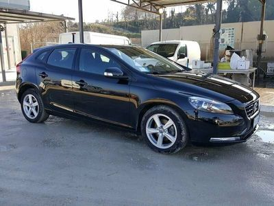 usata Volvo V40 D2 eco business 88kw 5 PORTE BERLINA