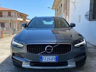 usata Volvo V90 CC D4 AWD Business Plus
