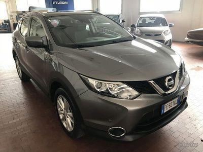 usata Nissan Qashqai 1.2 DIG-T Acenta Premium + Saf...