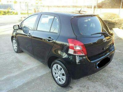 usata Toyota Yaris 1.3 5 porte Style passaggio comp.