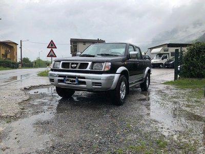 used Nissan Navara pick up2.5 td 5 posti