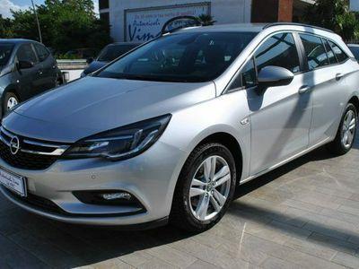 usata Opel Astra 1.6 CDTi 136CV aut. Sports Tourer Innovation
