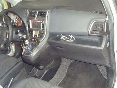 usata Toyota Verso-S 1.3 MT Lounge