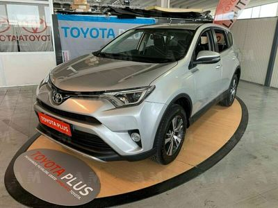 usata Toyota HiLux Telaio 2.D-4D 2WD 2 porte Chassis & Cab Active del 2016 usata a Prato