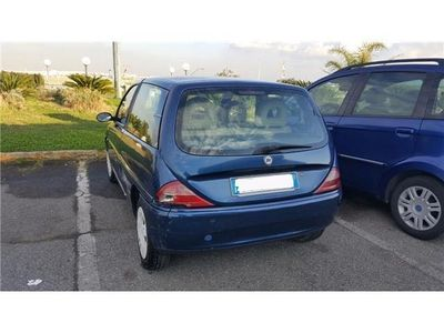 usata Lancia Ypsilon 1.2i 16V cat LS