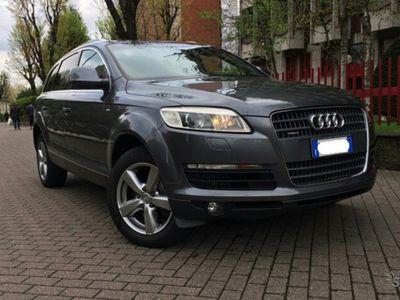 used Audi Q7 3.0 V6 TDI 240 CV quattro tiptronic L S-