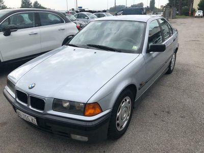 """usata BMW 318 Serie 3 (E36) cat 4 porte """"UNIPROPRIETARIO"""""""