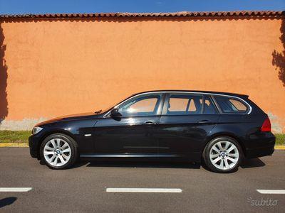 usata BMW 318 d - Serie 3 Cambio Automatico 2012