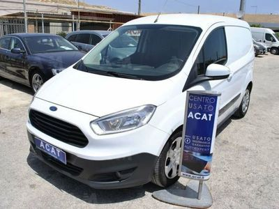 used Ford Tourneo Courier 1.5 TDCI 75 CV Titanium del 2015 usata a Siracusa