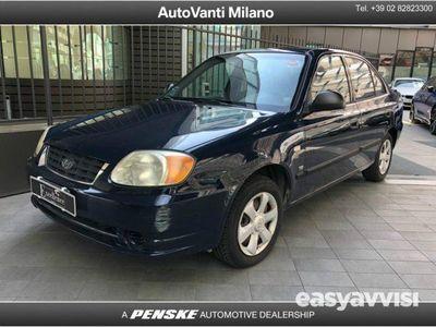 begagnad Hyundai Accent 1.5 CRDi 4 porte GL Clima del 2003 usata a Milano