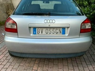 usata Audi A3 A3 1.9 TDI Ambiente