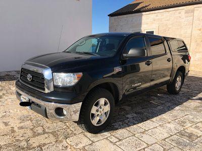 usata Toyota Tundra CREW MAX 5.7 V8 386hp PICK-UP
