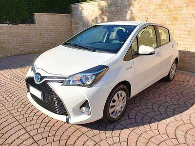 usata Toyota Yaris 1.5 Hybrid 5 porte Cool