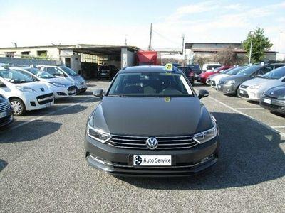 usata VW Passat Variant 2.0 TDI Comfortline BlueMotion AUTOMATICO