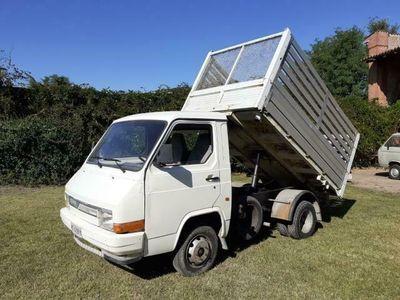 usata Nissan Trade 2.8 d