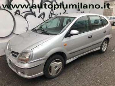 usata Nissan Almera Tino 1.8i 16V cat Luxury Benzina
