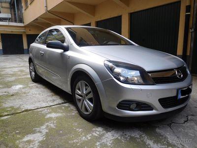 usata Opel Astra GTC Astra GTC 1.7 CDTI 110CV S&S 3 porte Elective