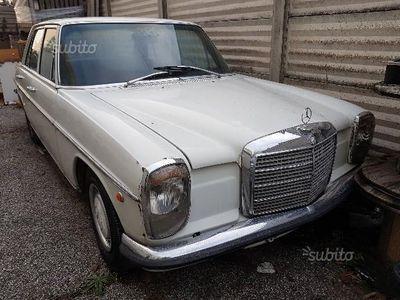 usata Mercedes W114 220D- Anni 70