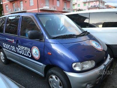 usata Nissan Serena - 1999