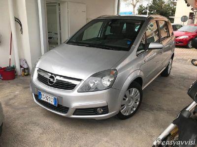 usata Opel Zafira 16V Eco M Club