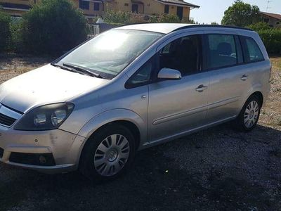 usata Opel Zafira -