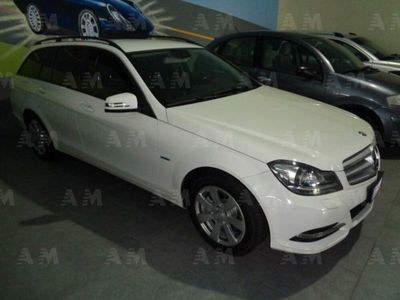 second-hand Mercedes 200 Classe C Station WagonCDI BlueEFFICIENCY Elegance usato