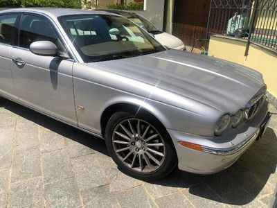 usata Jaguar XJ 2.7 D V6 cat Executive