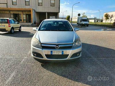 usata Opel Astra 3ª serie - 2006 1.7 Diesel
