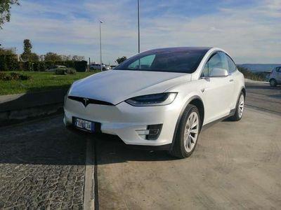 usata Tesla Model X performance