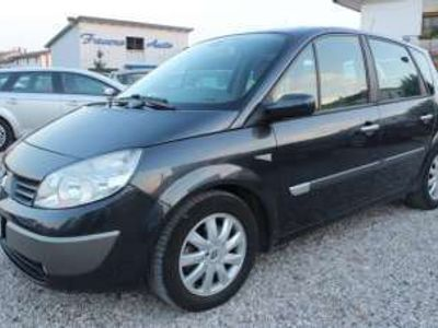 usata Renault Scénic 2.0 16v dci luxe diesel