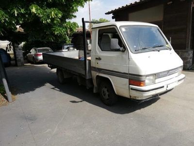 used Nissan Trade 2.0 diesel PC-TB Cabinato