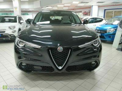 "usata Alfa Romeo Stelvio 2.2JTD 2WD 160CV AT8 +Xeno+CarPlay+Cerchi18"" KM0"