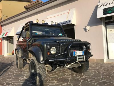 used Land Rover Defender 90 2.4 TD4 Pick Up S