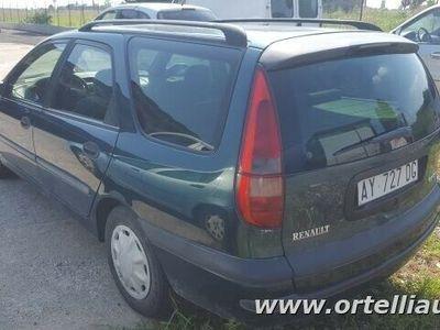 usata Renault Laguna SporTour 1.9 dTi cat Station Wagon RXE usato