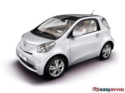 usado Toyota iQ iQ1.0 CVT Trend berlina a due volumi