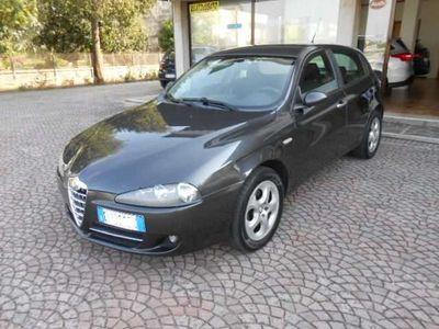 usata Alfa Romeo 147 1,6 t-spark 5 porte