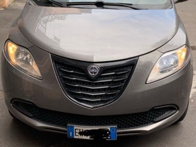 brugt Lancia Ypsilon ottobre 2014 metano / benz. 0.90 twin Air