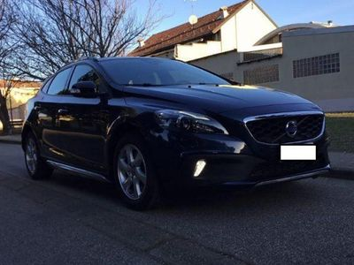 używany Volvo V40 CC Cross Country D3 Geartronic