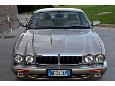 gebraucht Jaguar XJ 4.0EXECUTIVE DA VETRINA PERFETTA IN OGNI SUA PART rif. 7123169