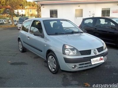 usata Renault Clio 1.2 3 porte access benzina berlina grigio chiaro
