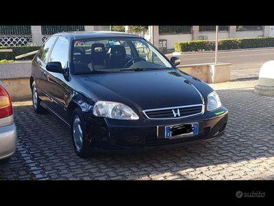 usata Honda Civic 1400i nera 3 porte