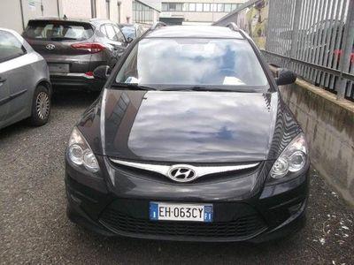 gebraucht Hyundai i30 CW 1.6 CRDi 90CV 6m Classic
