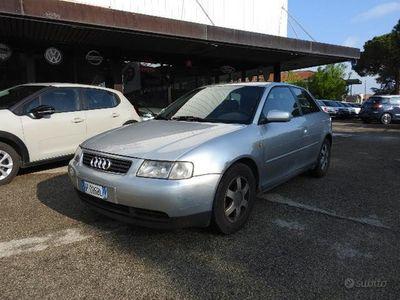 usata Audi A3 1.6 3 Porte Ambiente