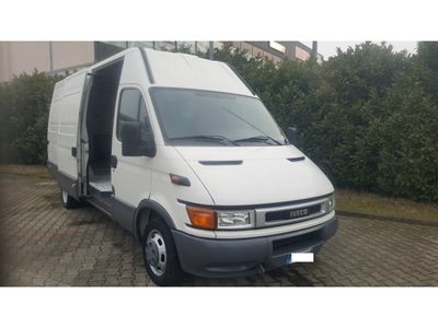 usata Iveco Daily 2.8 DIESEL EXTRA LUNGO CASSONE 45 m