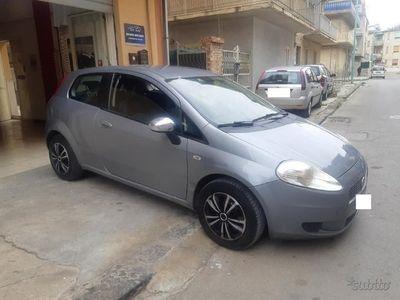 gebraucht Fiat Grande Punto 1.4 Benzina Dynamic