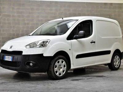 usado Peugeot Partner 1.6 8V HDi 90CV FAP L1 2 posti Furgone