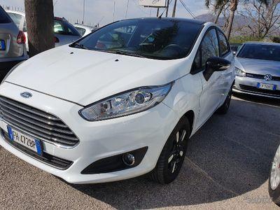 brugt Ford Fiesta 6ª serie - 2017