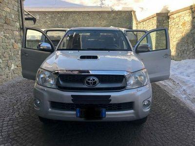 usata Toyota HiLux 3.0 D-4D 4WD 4p. DC Stylex rif. 12769102