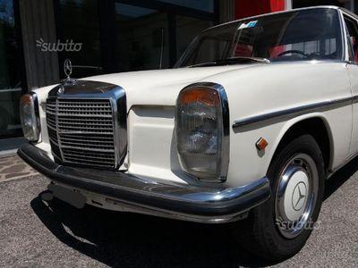 usado Mercedes W115 200D1971 originale