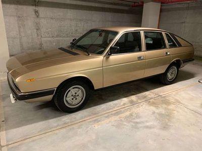 usata Lancia Gamma 2000 S2 berlina targa oro ASI